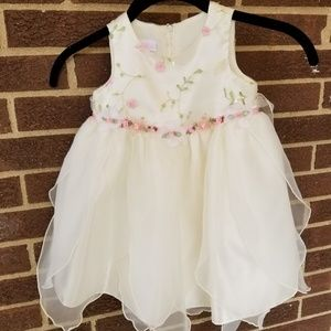Lilt Girls Dress